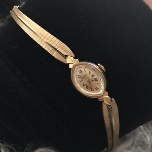 Solid 14k gold vintage watch